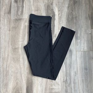 Women's Garage shiny leggings